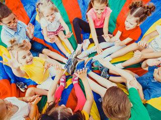 Kinder Sommercamp Sitzkreis